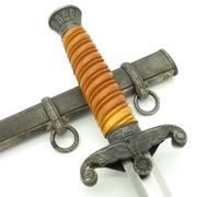 Minty - Army Dagger by WKC