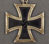 """Three-Quarter Ring"" Knight's Cross"