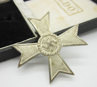 Cased 1st Class War Merit Cross without Swords by 50