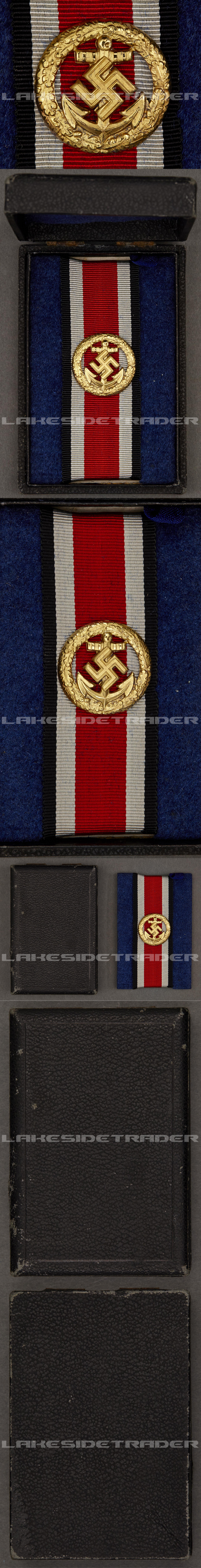 Cased Navy Honor Roll Clasp