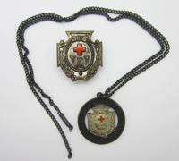 VFV Membership Badge and Service Badge (Necklace) 1914