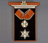 A Cased 1939 Order of the German Eagle Neck Cross & Star w Swords by Godet