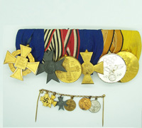 Six Place Medal Bar with Civilian chained Miniatures