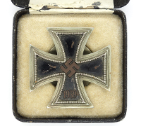 Cased 1st Class Iron Cross by L58