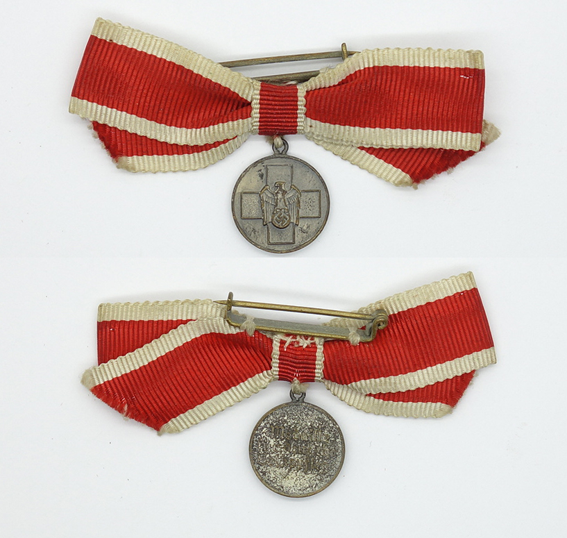 Social welfare miniature medal