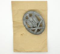 General Assault Badge in issue envelope