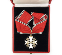 Cased 1st Class Eagle Order Neck Cross with Swords by Godet