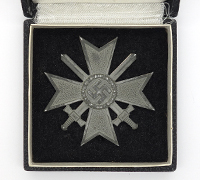 Cased 1st Class War Merit Cross with Swords by 4
