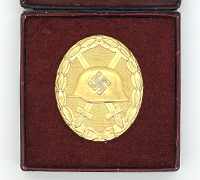 Cased Gold Wound Badge by 4