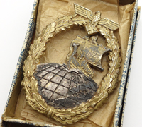 Issue Carton – Auxiliary Cruiser War Badge by L/18