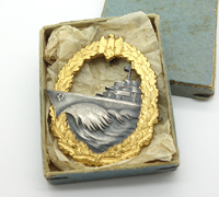 Rare & Minty – Cased Destroyer Badge by Schwerin