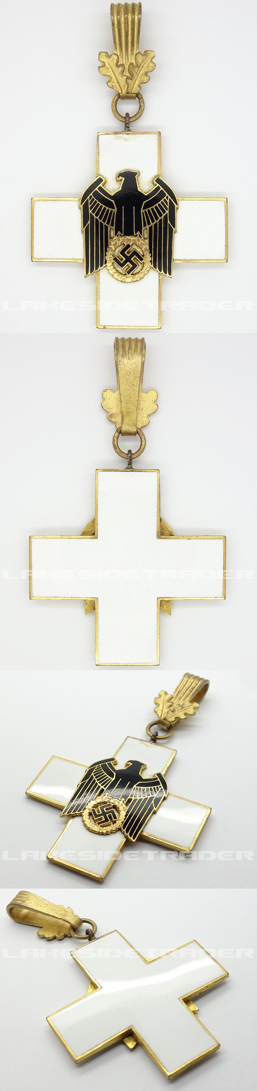 1st Class Neck Cross Social Welfare Decoration