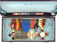 A Spanish Civil War 7 piece Medal Bar