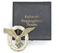 Minty - Cased Luftwaffe Pilot Badge by GWL