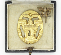 Cased Defense Economy Leader Badge with Lapel Badge