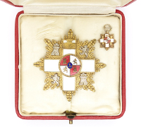 Cased Spanish Order of Military Merit Breast Star & Miniature