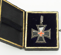 Cased 1870 Cross of Merit for Women and Girls