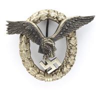 Luftwaffe Pilot Badge by Juncker (J-3)