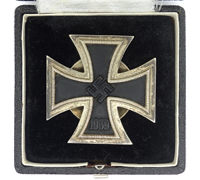 Cased 1st Class Screwback Iron Cross by L/13