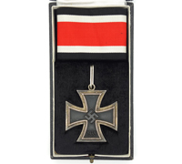 Cased Knights Cross of the Iron Cross by Steinhauer & Lück