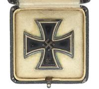Cased 1st Class Iron Cross by K&Q