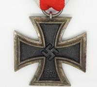 """Wide-frame """"24"""" Iron Cross 2nd Class"""
