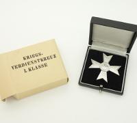 Minty Boxed & Cased 1st Class War Merit Cross w/o by Deschler &Sohn