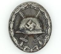 Black Wound Badge