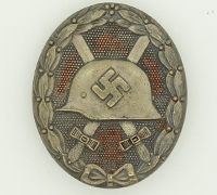 """Silver Wound Badge by """"65"""""""