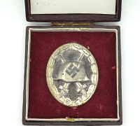 Cased Silver Wound Badge by S&L