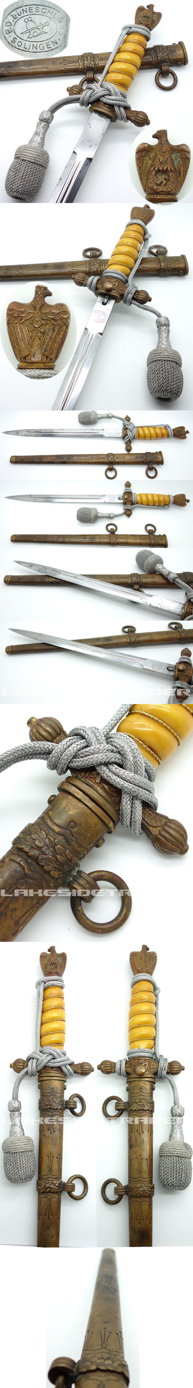 2nd Model Navy Dagger by Luneschloss