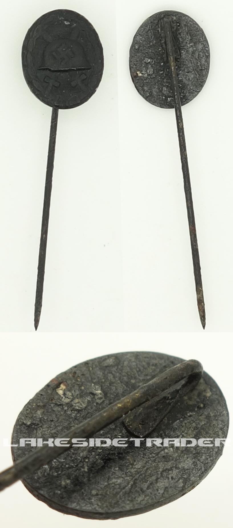 Black Wound Badge Stickpin
