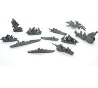 11 Kriegs Toys